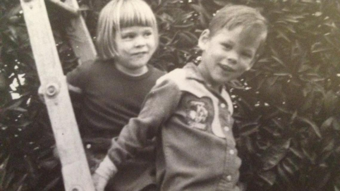 Mona Gable and her brother Jim as children.