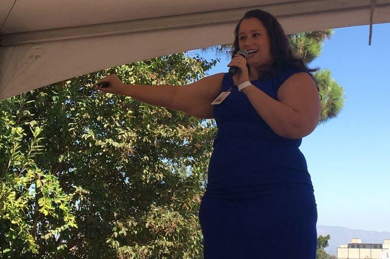 Michelle presenting her reporting at an AltaMed event. Photo: Danielle Fox.