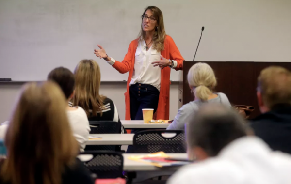 Eleanor Divver, state radon project coordinator in Utah, teaches a radon for the real estate professional course.
