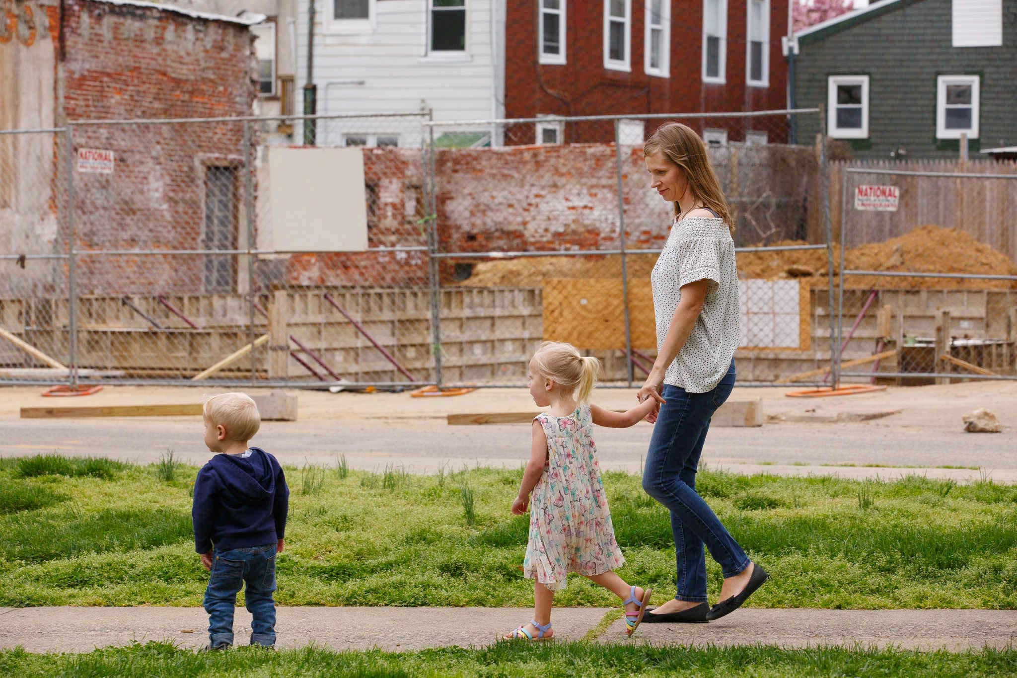 In Booming Philadelphia Neighborhoods, Lead-Poisoned Soil Is ...
