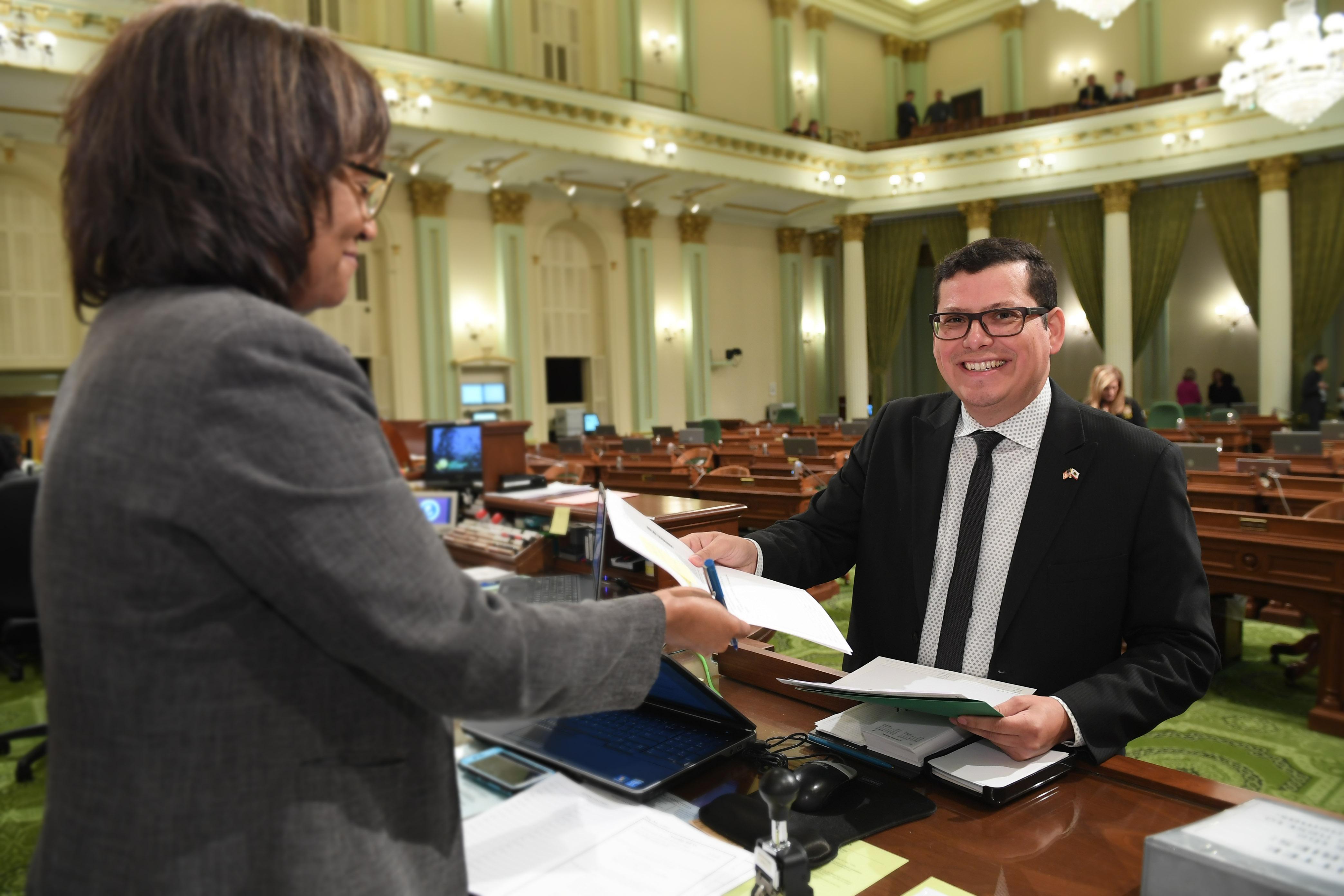 Assemblyman Salas introduces valley fever legislation