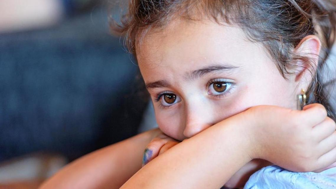 Children from immigrant families and their parents can face many daunting emotional and mental challenges. (Getty Images)