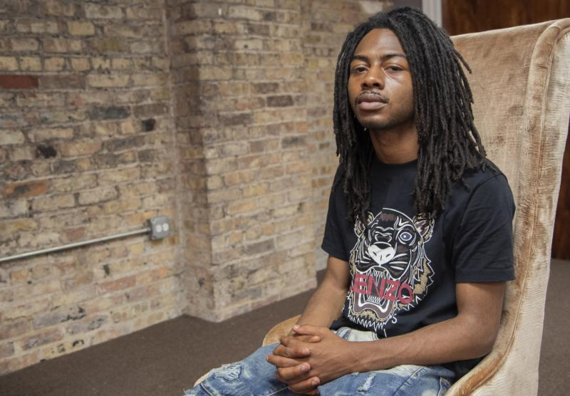 """Isaiah """"Zay"""" Manning at the nonprofit where he works, Contextos. Brian Rich / Sun-Times"""