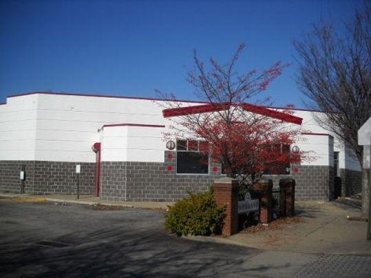 Dare to Care Food Bank has initiated plans to move its production kitchen and administrative offices to the former Parkland Grocery store building at 1200 S. 28th St. (Photo: Courtesy Jefferson County PVA)