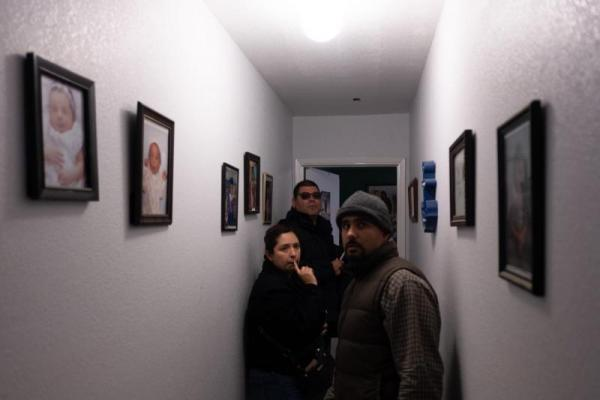 Code enforcement officers Cindy Guerrero and Lorenzo Salazar inspect the home of Cuahtemoc Becerra on the North Side of Salinas. SEBASTIÁN HIDALGO FOR THE SALINAS CALIFORNIAN AND CATCHLIGHT.IO